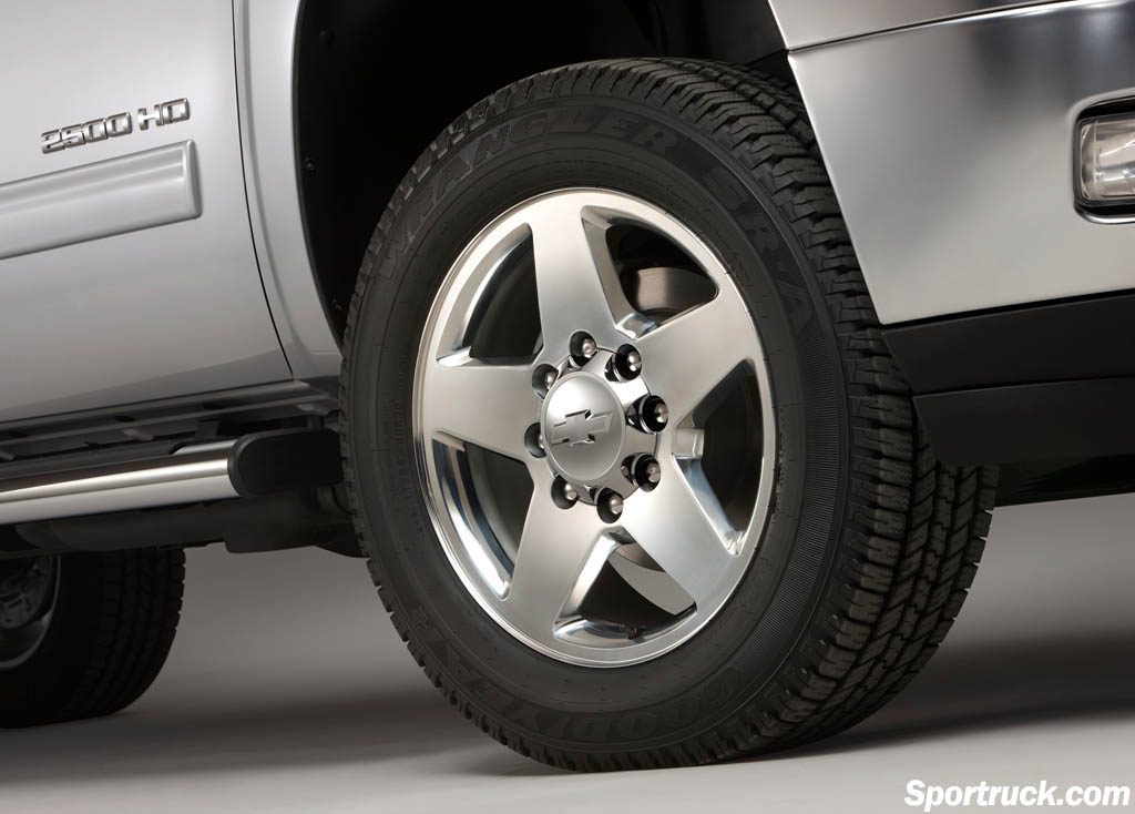 2011 Chevrolet Silverado HD - New Heavy Duty Trucks - 2500HD - 3500HD - Sportruck.com