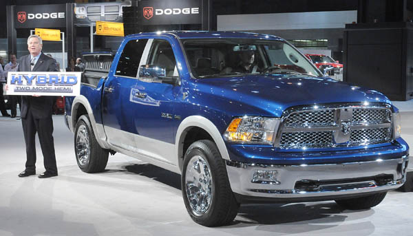 Dodge Ram Plug In Hybrid Electric Vehicle Sportruck Com